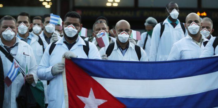 """""""Odrzucajcie pomoc Kuby"""", naciski ze strony USA"""