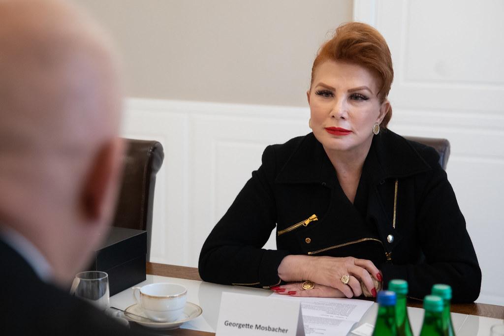 Mosbacher: Przenieśmy broń atomową NATO do Polski