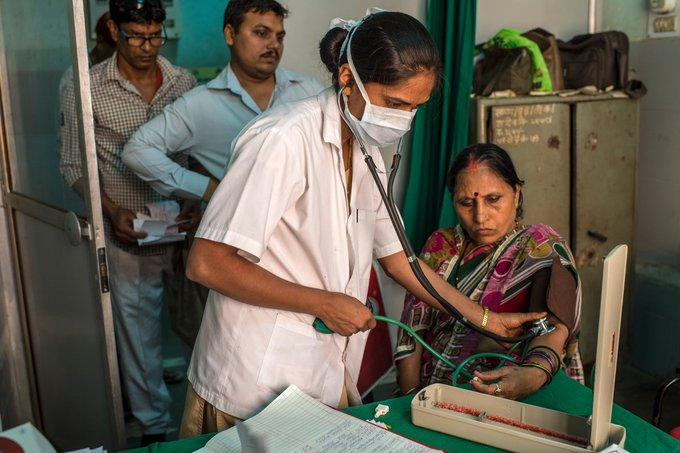 Światowe Zgromadzenie Zdrowia wzywa do współpracy w walce z COVID-19