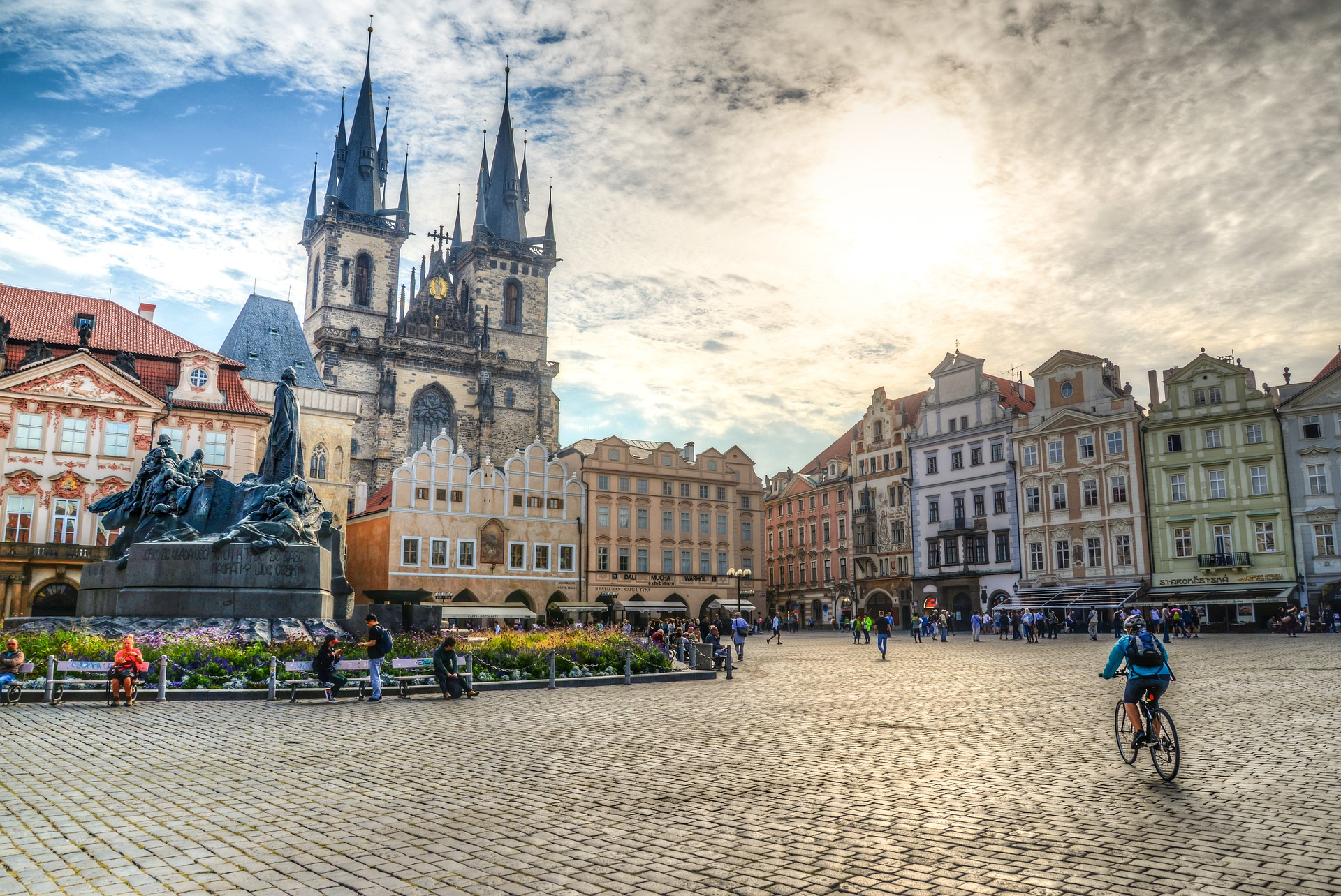 Czesi odmrażają gospodarkę iotwierają granice