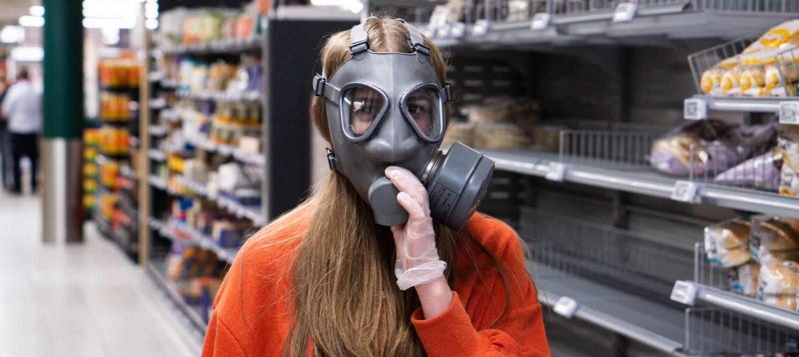 Pracownikom supermarketów niestarczą oklaski zbalkonu
