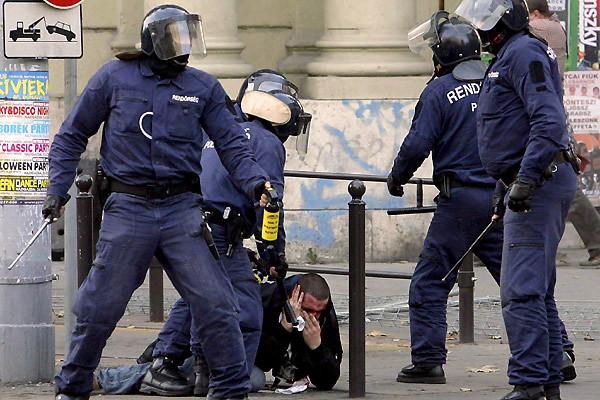 Węgry: aresztowania opozycji za krytykę władzy