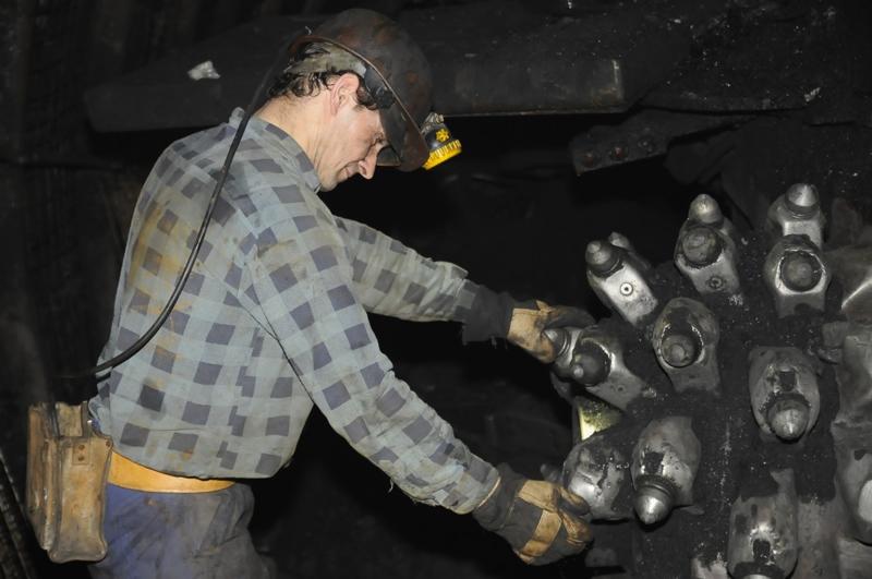 Śląsk: Rząd zamyka kopalnie