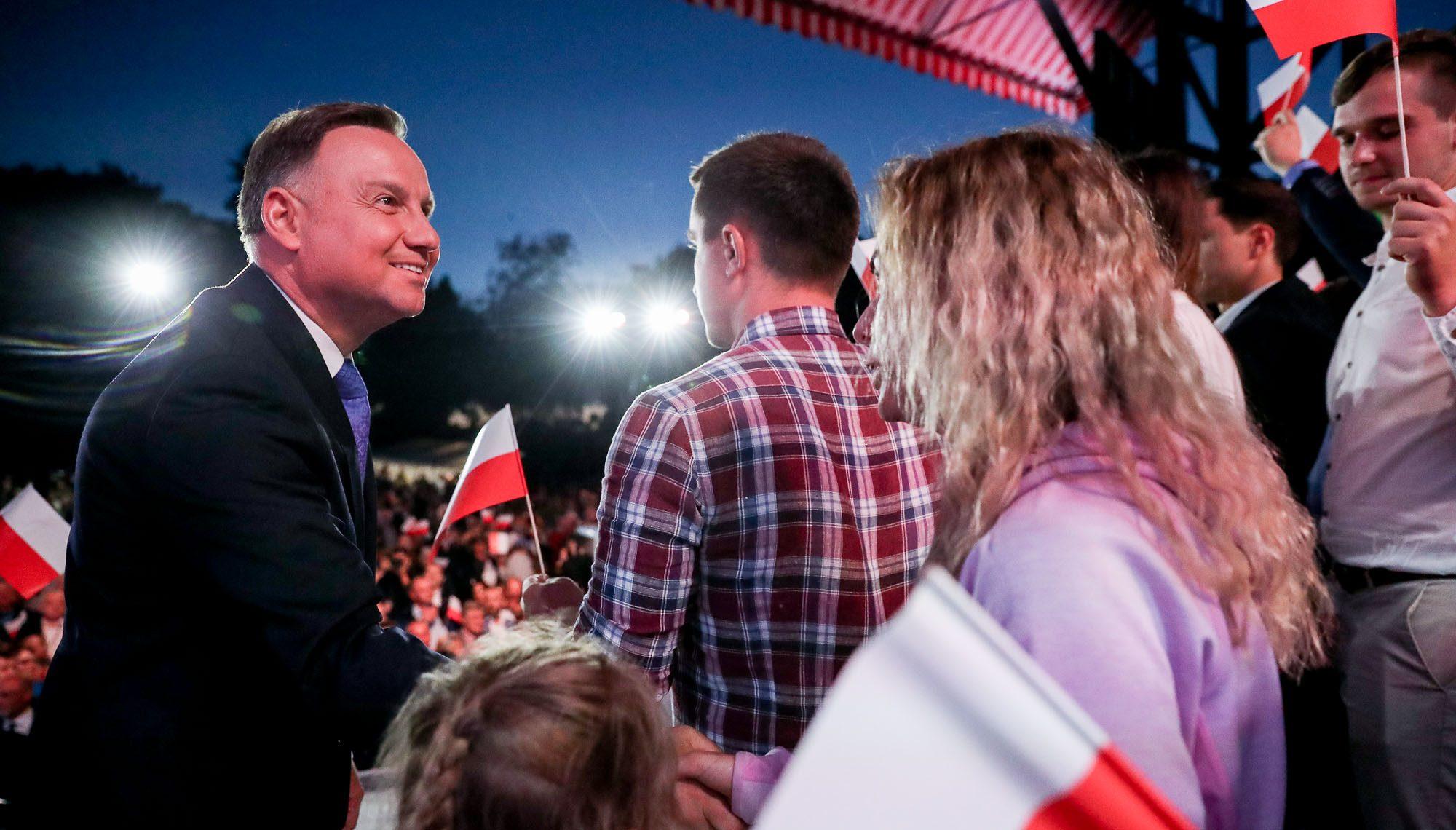 Prezydent połowy Polaków
