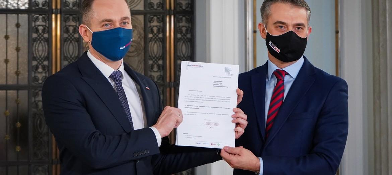 Lewica i KO składają wniosek o wotum nieufności wobec Kaczyńskiego