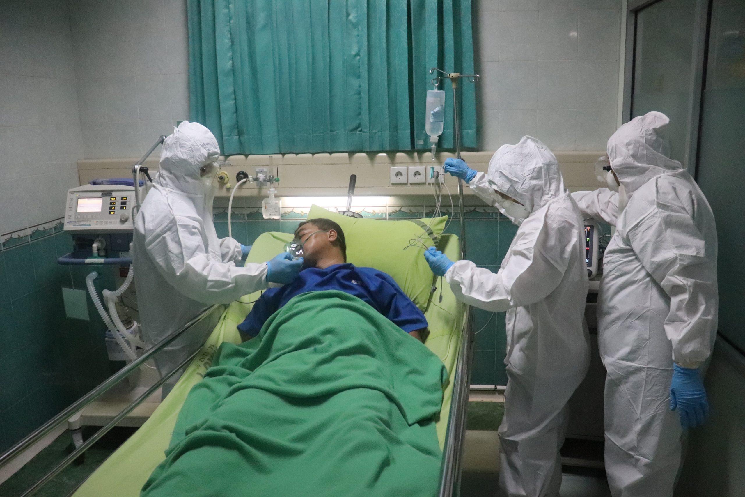 22 464 nowe przypadki, 626 zgonów — szef GIS podaje się do dymisji