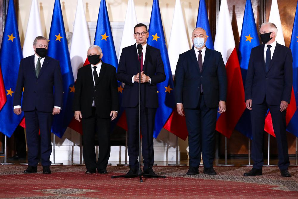 Polacy nie wierzą w ponowną wygraną PiS. Rekordowo niski wynik