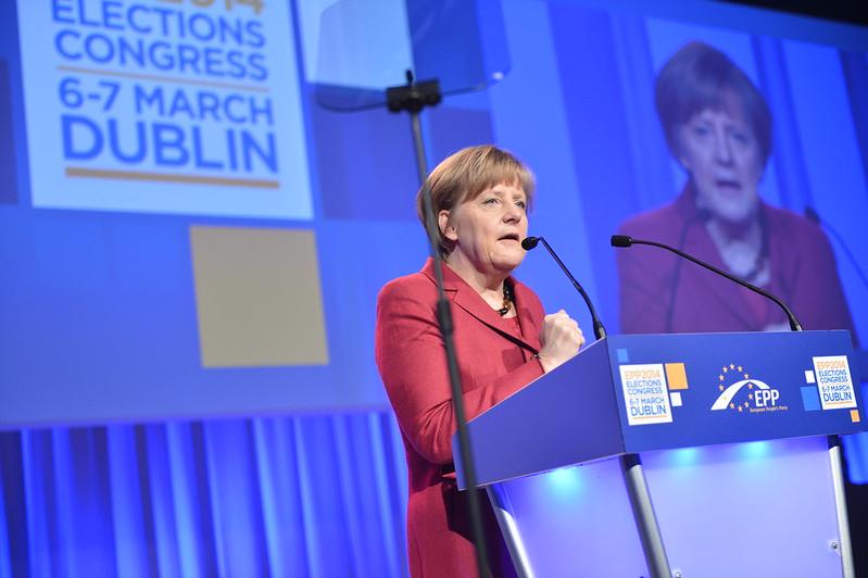 """Merkel odwołuje """"twardy lockdown"""" na Wielkanoc. Co na to Morawiecki?"""