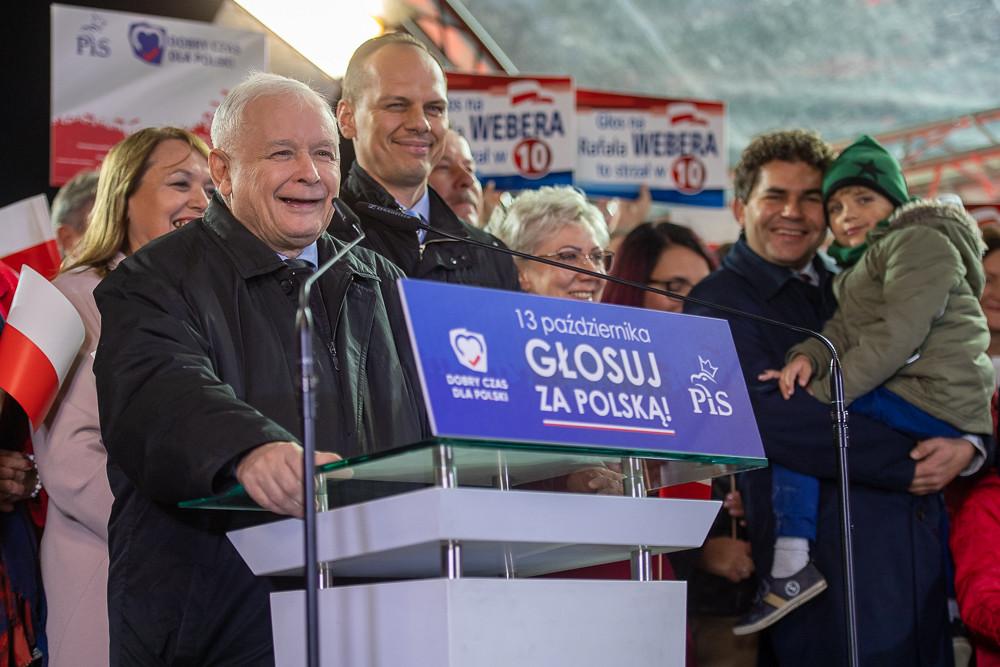 [SONDAŻ] Polacy chcą wcześniejszych wyborów