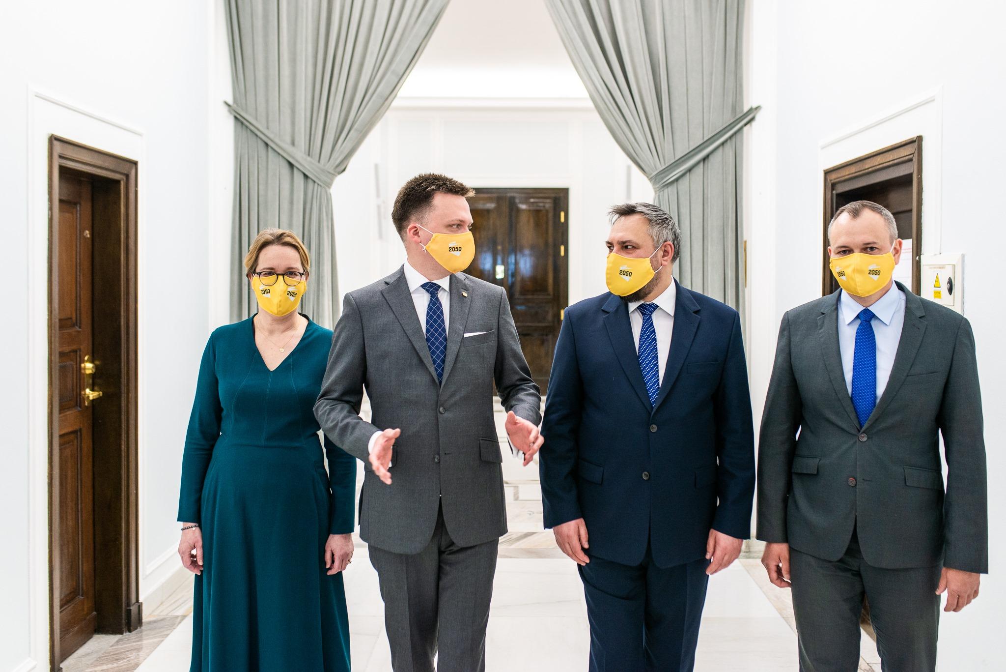 Większość Polaków przeciwna, byposeł mógł zmienić partię wtrakcie kadencji