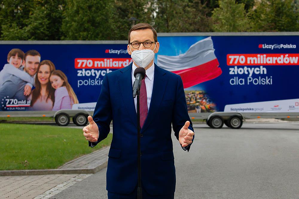 [SONDAŻ] Fatalne wieści dla Platformy. Mniej niż 3 proc. Polaków popiera głosowanie przeciw KPO