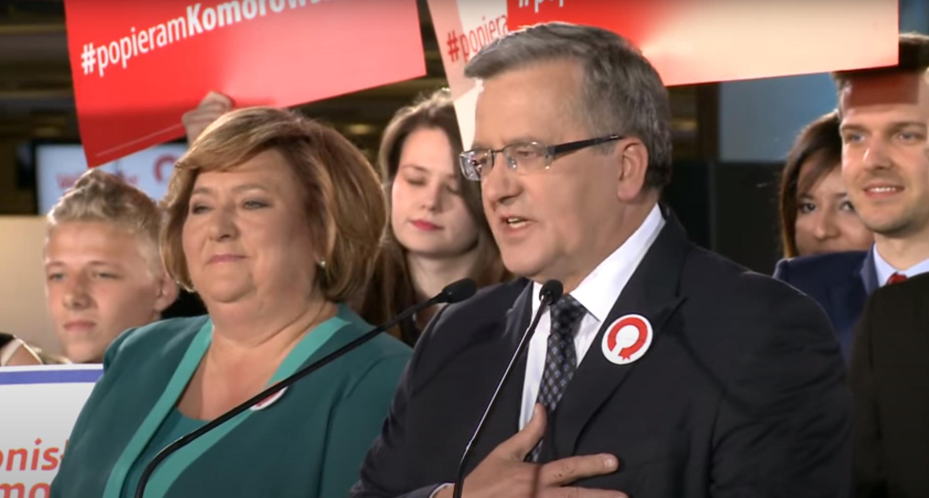 """Nawet Komorowski nie chce głosować na Platformę. """"Rozum podpowiada Hołownię lub PSL"""""""