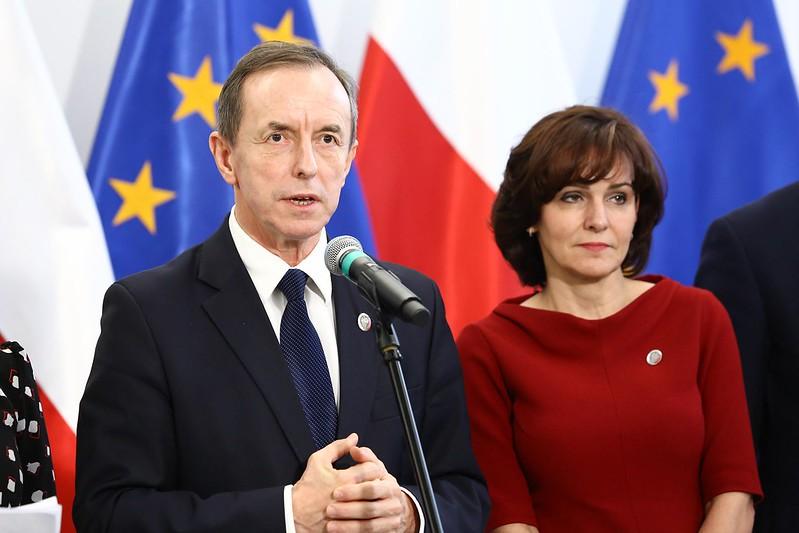 Grodzki iMorawska-Stanecka przekonują, żesenacka większość ratyfikuje Fundusz Odbudowy
