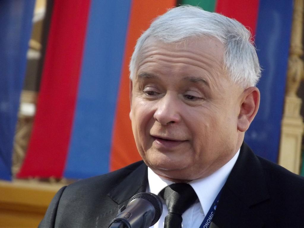 """Kaczyński: """"Bardzo polubiłem Kukiza. Kiedyś pokilku lampkach, powiedział mi, żeładnie śpiewam"""""""