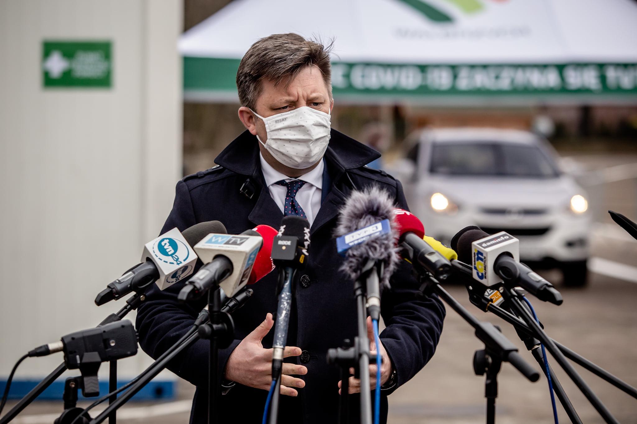 """Dworczyk: """"Niedługo nowe, nietypowe zachęty doszczepień przeciw Covid-19"""""""