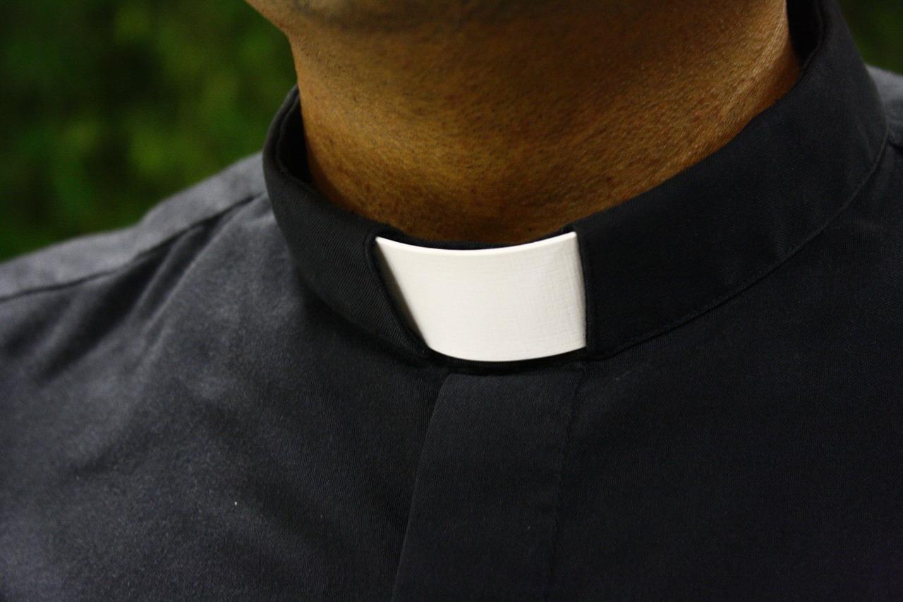 Episkopat nieprzekaże akt postępowań kanonicznych dokomisji ds.pedofilii