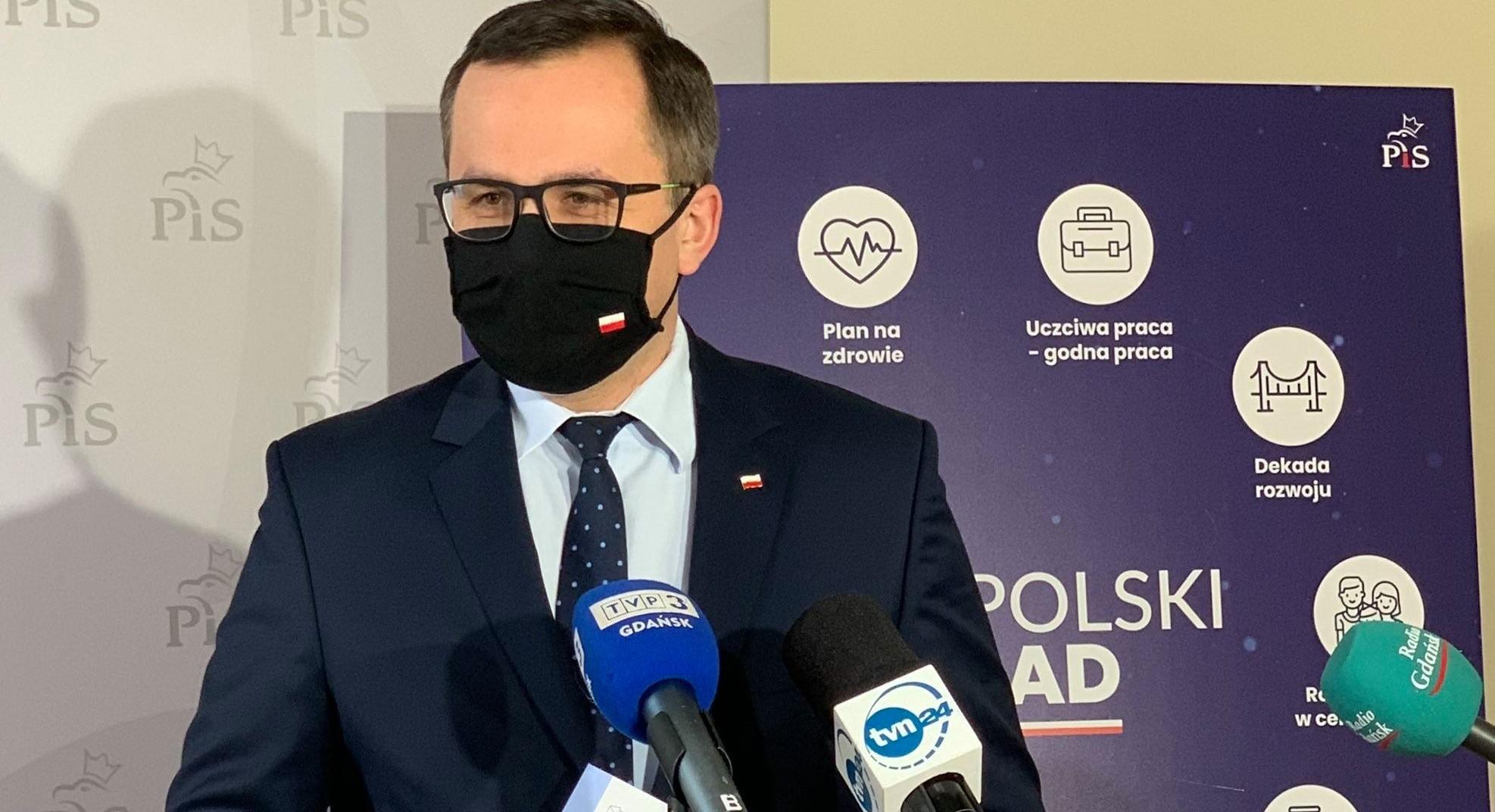 """Członkowie rządu dodymisji poraporcie NIK? Horała: """"Niewidzę żadnego powodu"""""""
