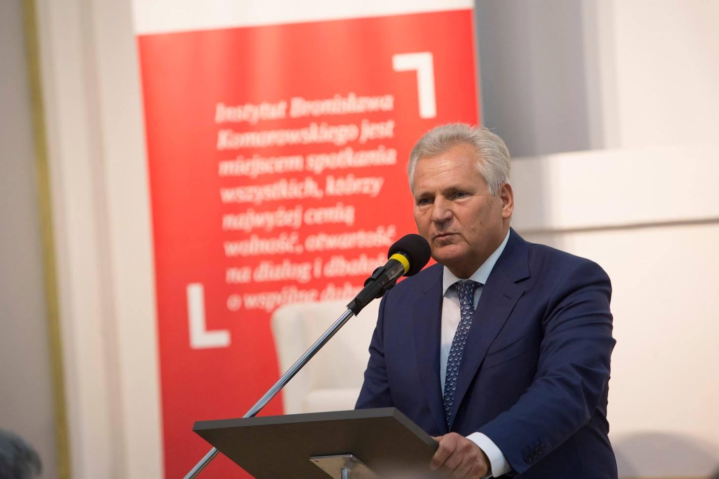 """Kwaśniewski: """"Polski Ład topropaganda, którama przybliżyć PiS dozwycięstwa wwyborach"""""""