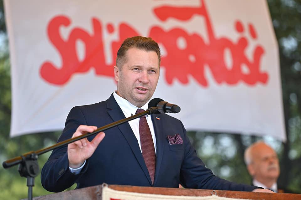 """Czarnek: """"Polityczną odpowiedzialność zakatastrofę smoleńską wcałości ponosi Tusk"""""""