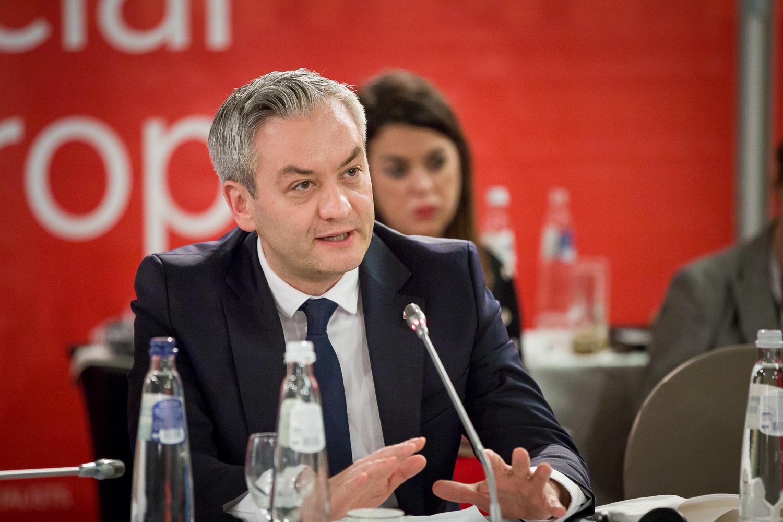 Biedroń: Europarlament czeka debata na temat wolności mediów w Polsce