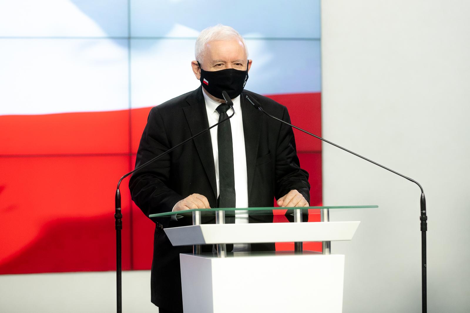 Jarosław Kaczyński pozywa dziennikarza. Za sugestię, że jest gejem
