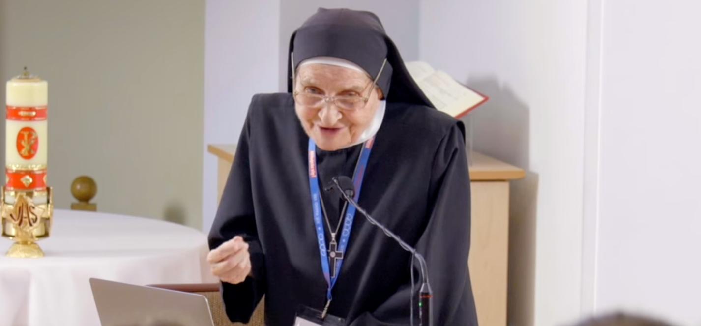 Siostra Pawlik: Joga to grzech, bo powoduje podniecenie