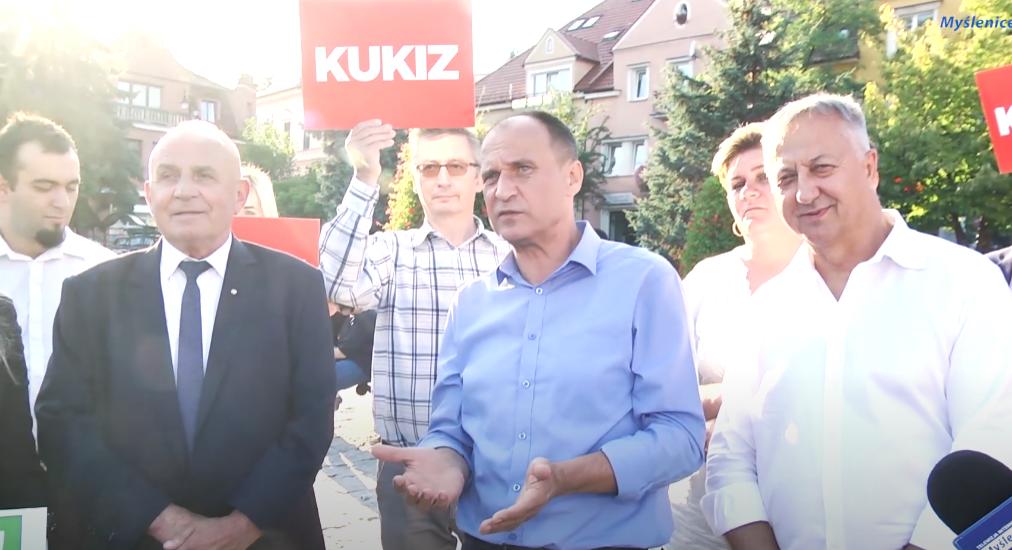 """Zachwyt Kukiza nad PiS: """"Pierwsza partia, która dostrzega problem nepotyzmu"""""""