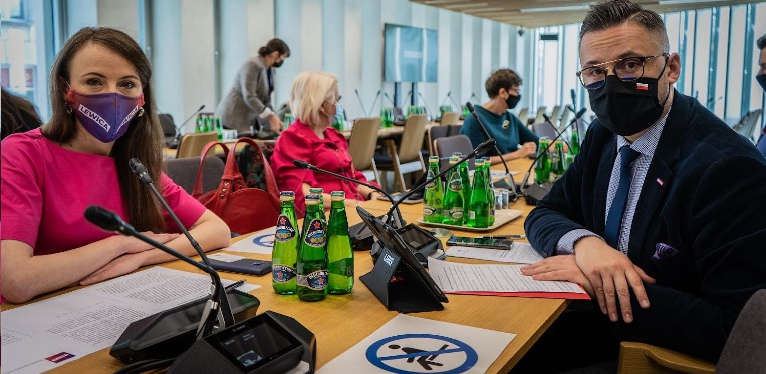 Lewica zgłosi poprawki do Polskiego Ładu. Poparcie Porozumienia już niepotrzebne?