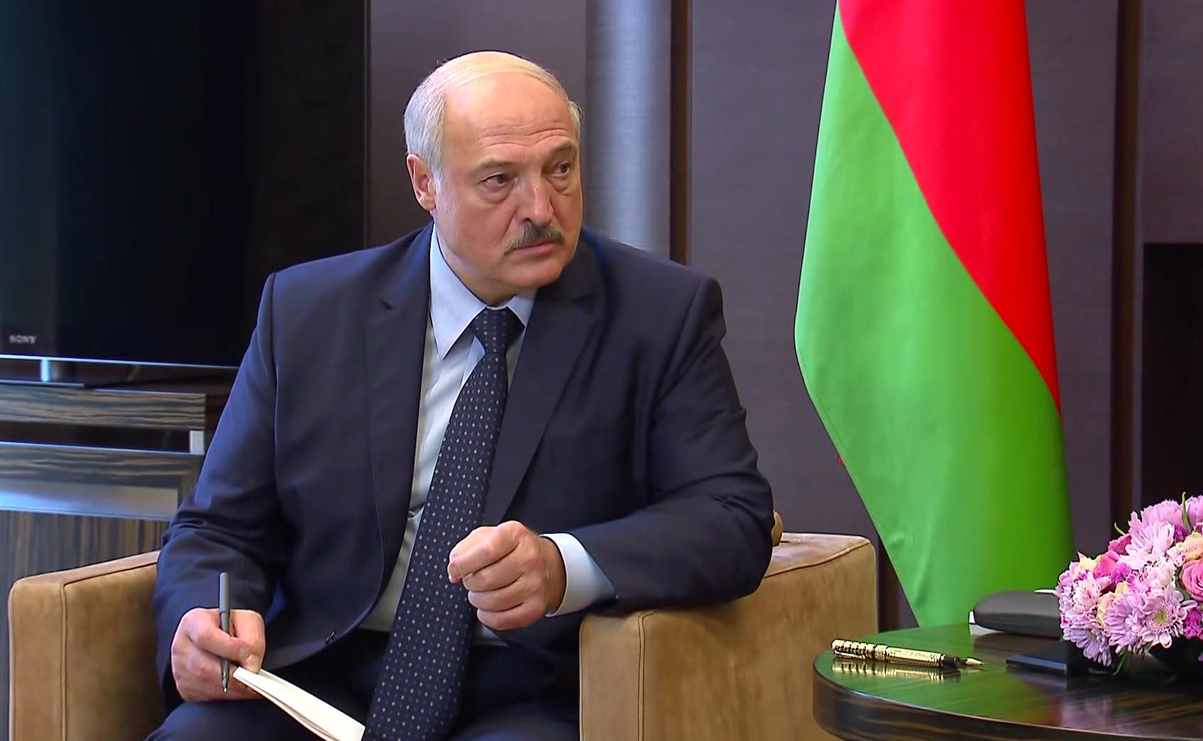 Łukaszenka o organizacjach prodemokratycznych: To ludzie z wypranymi mózgami