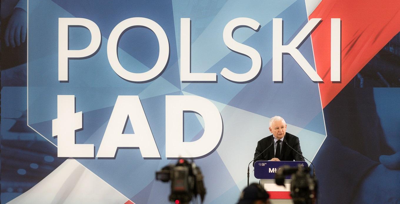 Kaczyński obiecał posłom podwyżki o 2000zł miesięcznie za poparcie Polskiego Ładu