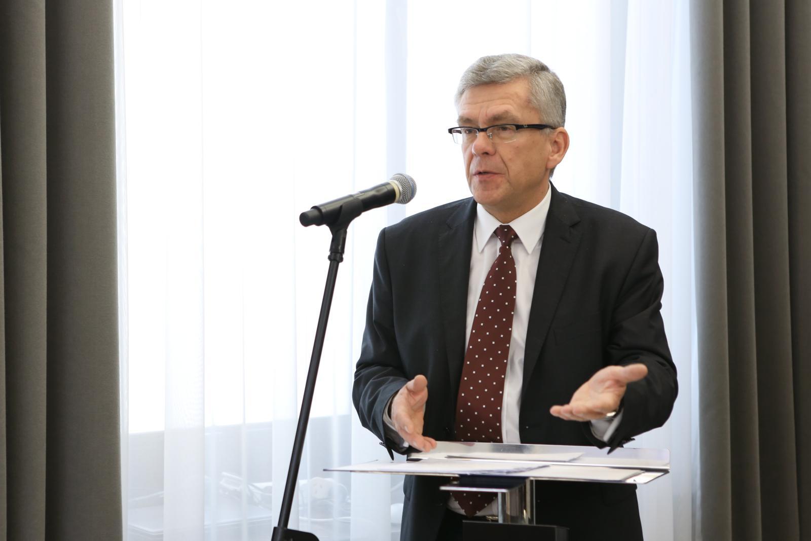 Karczewski: Opozycja to prawdziwa udręka dla Polski