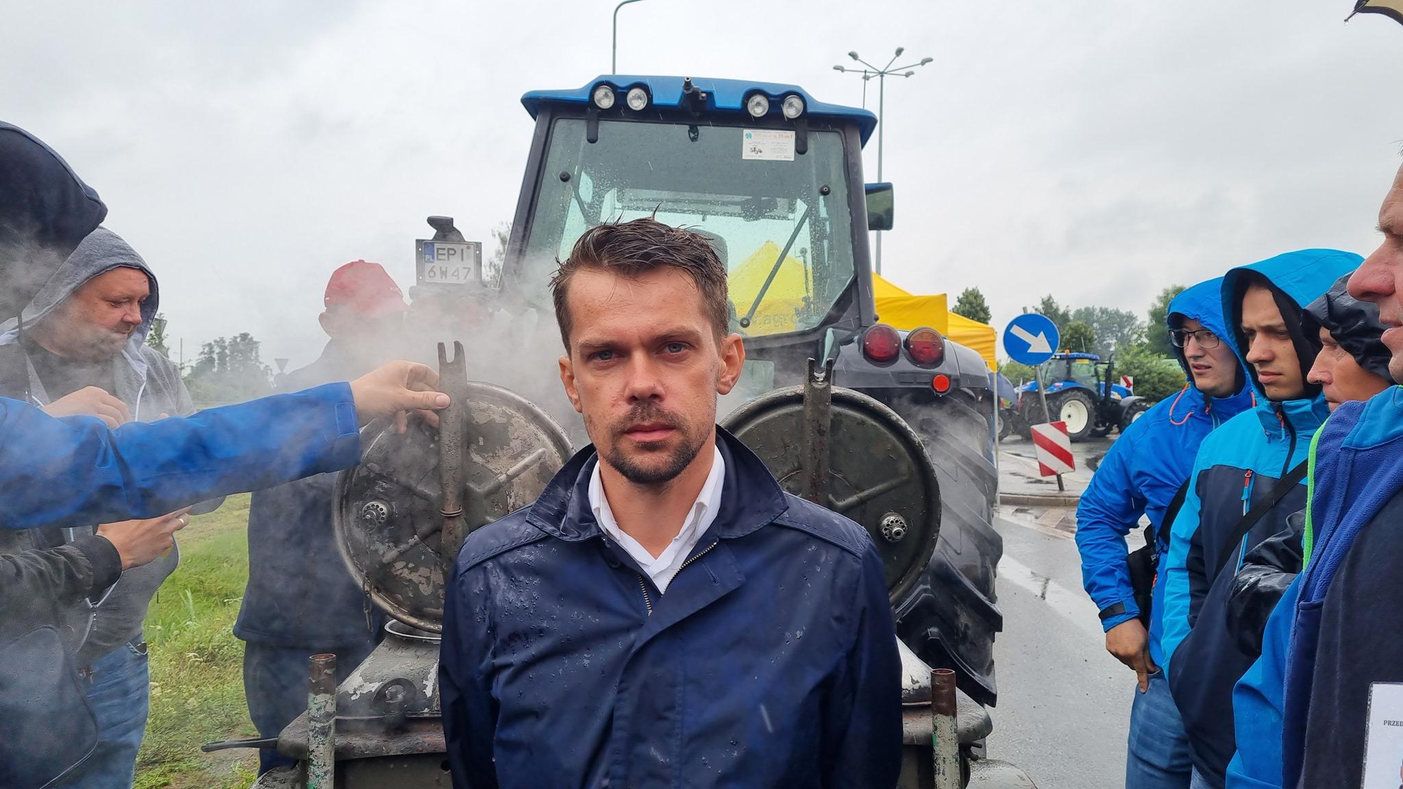 """AgroUnia zapowiada blokady dróg. W planach """"najazd na Warszawę"""""""