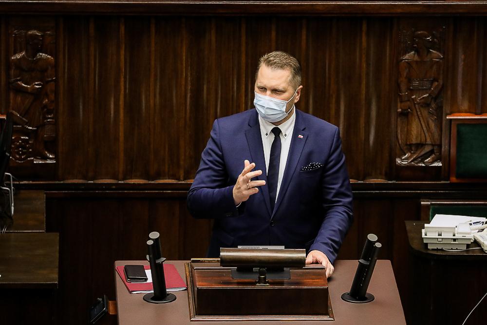 """RP: Czarnek zamierza zwolnić wykładowcę za """"hejterskie"""" wpisy o Kukizie."""