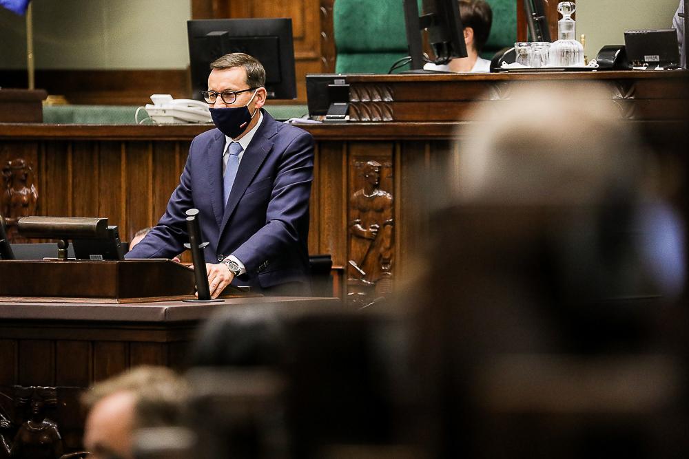 PiS złożyło w Sejmie projekt podnoszący wynagrodzenia politykom