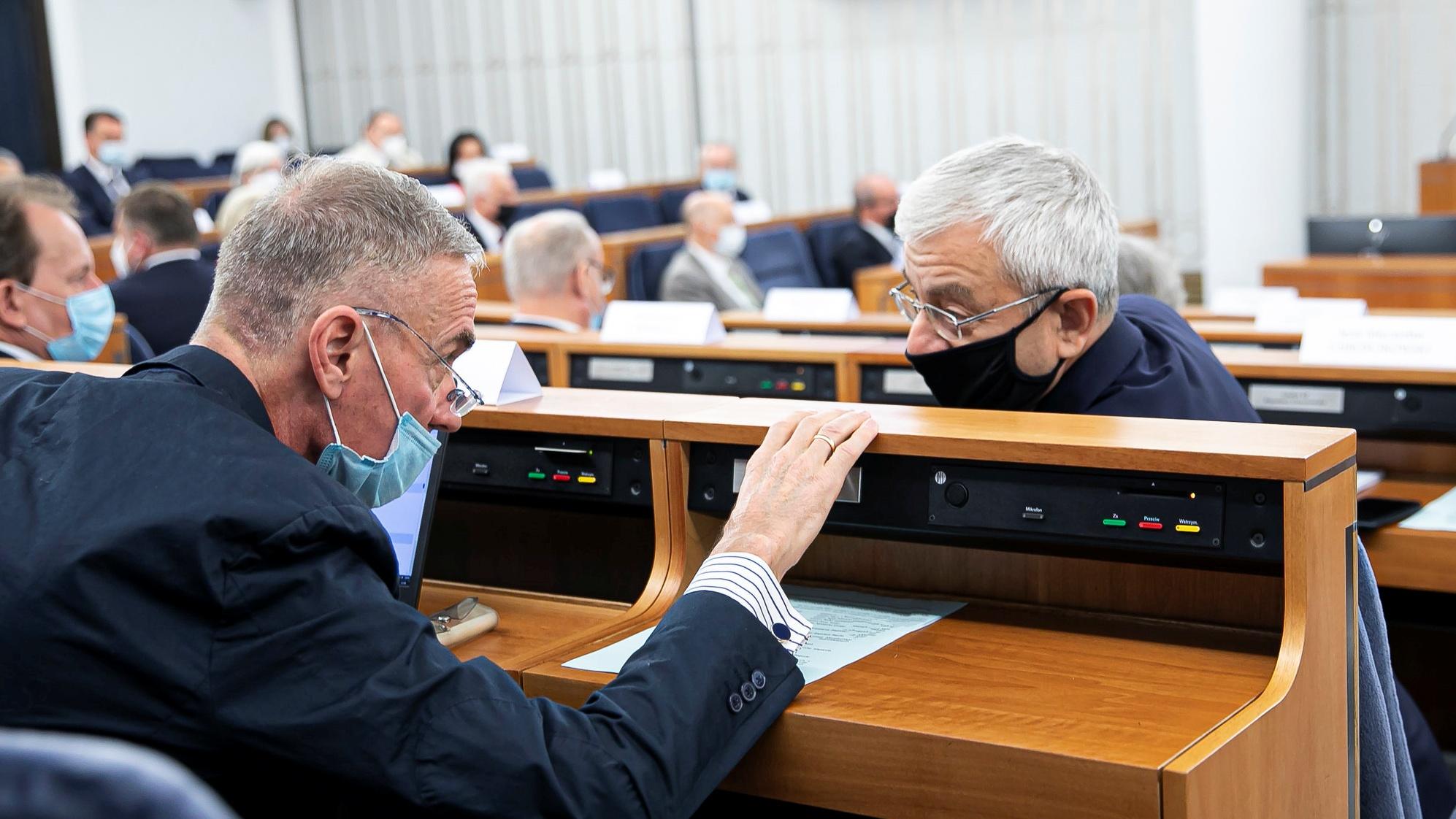 Senator Porozumienia: Pozostaje w klubie PiS, nie widzę powodu bycia w opozycji