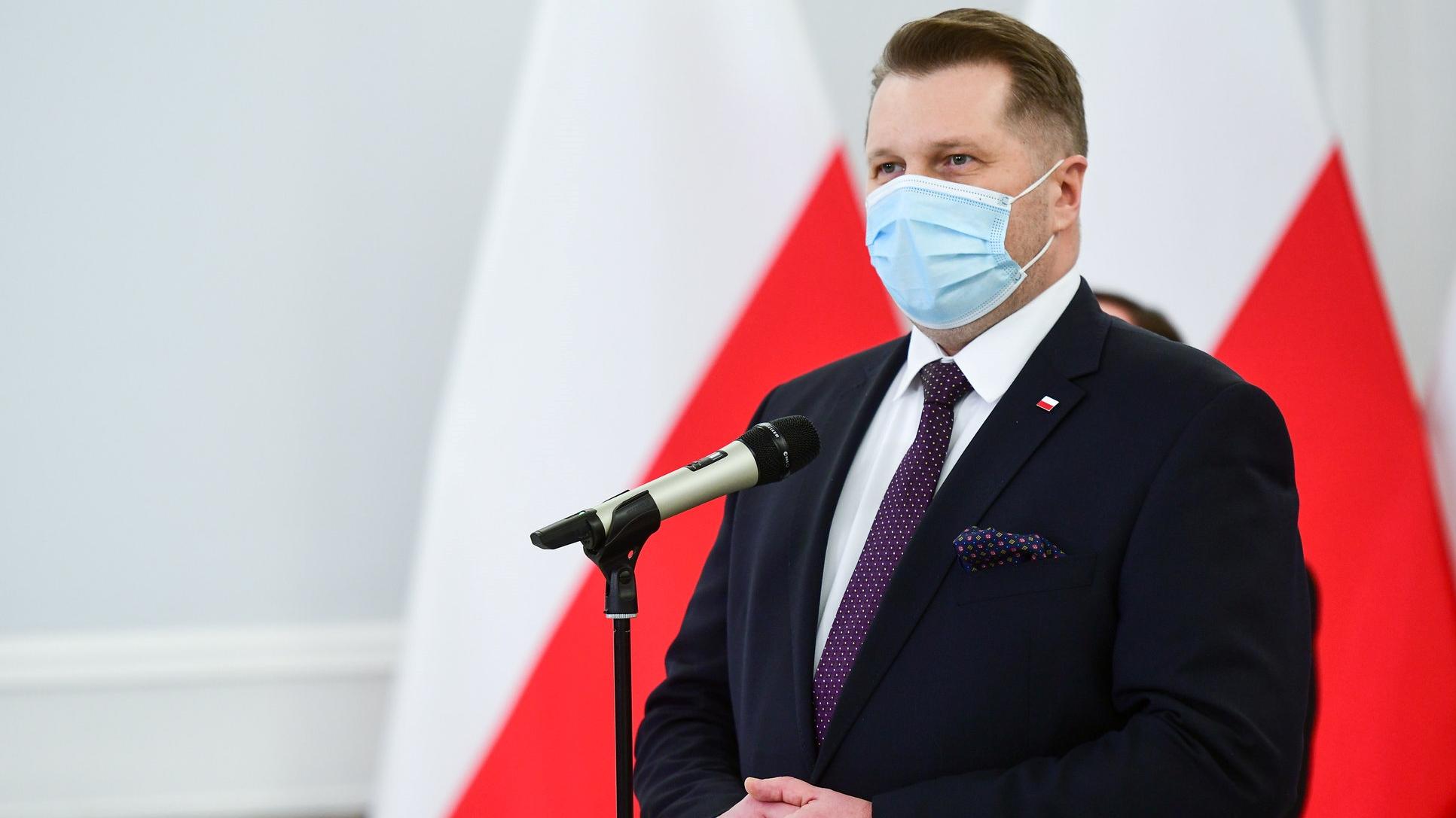 Czarnek podpisał nową listę lektur. Więcej Jana Pawła II, Wyszyńskiego i Pileckiego, mniej Parandowskiego