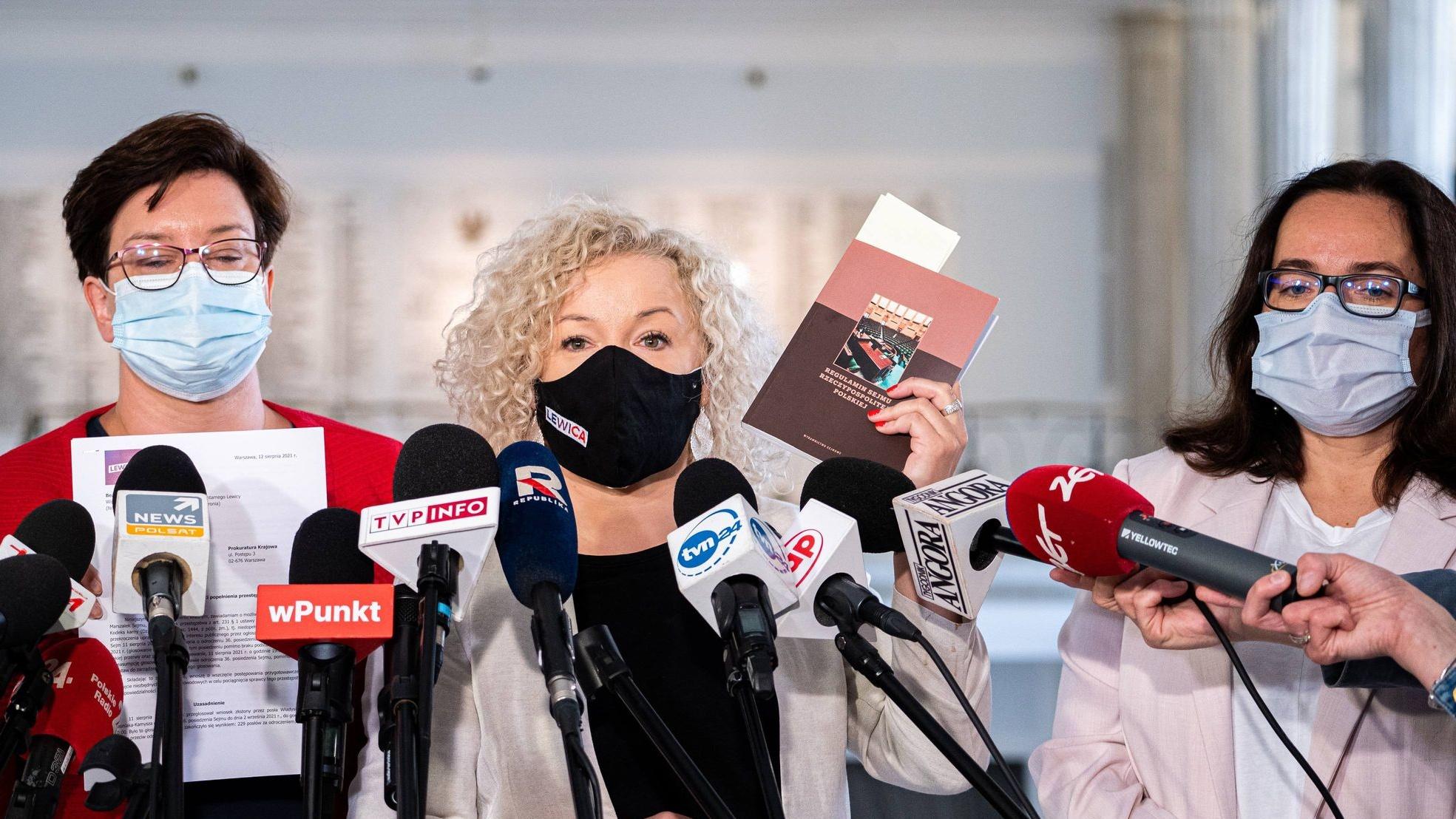 Lewica zawiadamia prokuraturę ws. możliwości popełnienia przestępstwa przez Witek