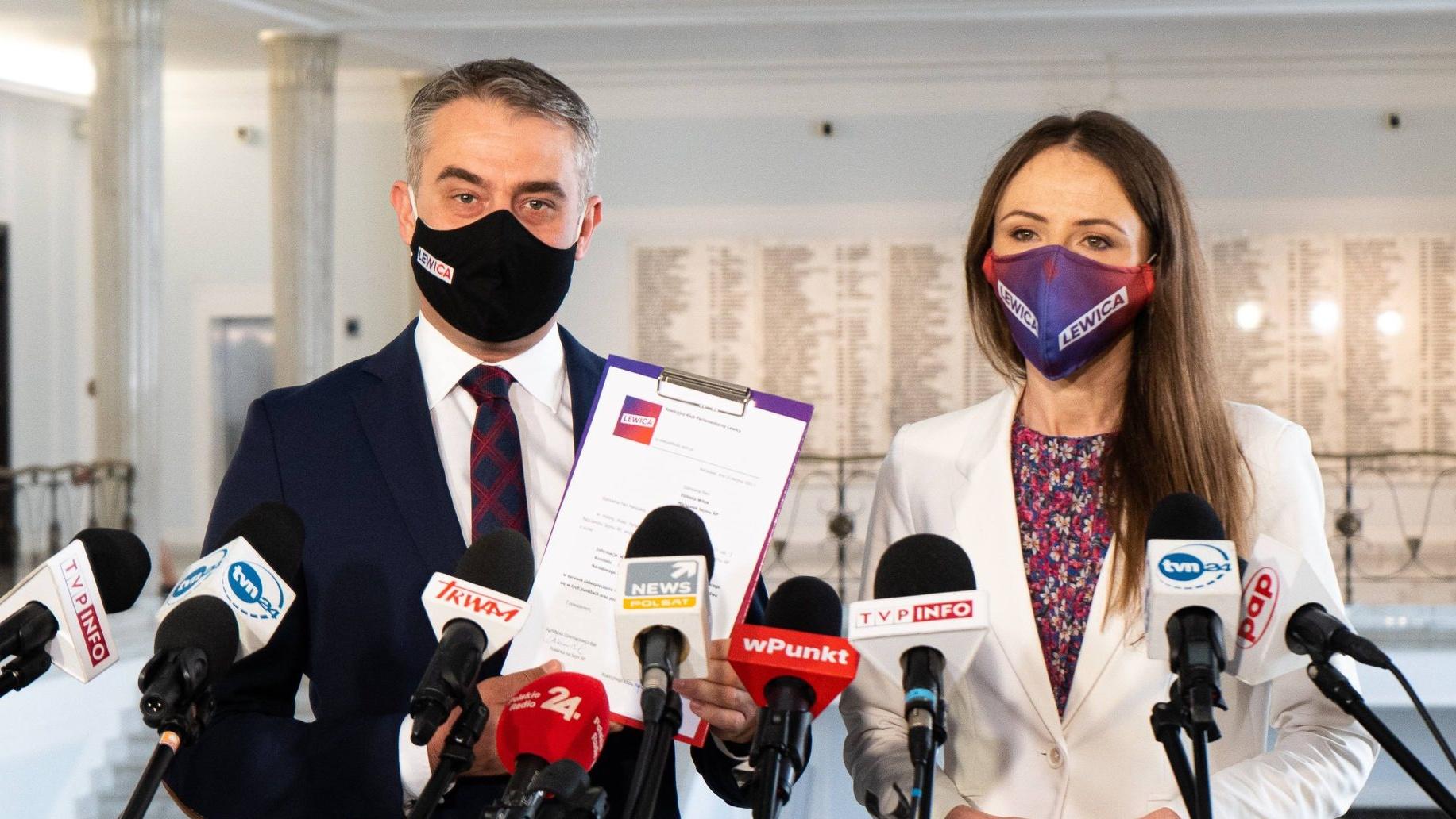 Lewica wezwała Kaczyńskiego do potępienia agresji ze strony antyszczepionkowców