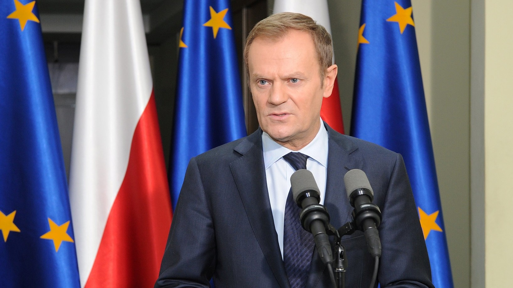 Tusk: Mój rząd był równie hojny, jak teraz PiS
