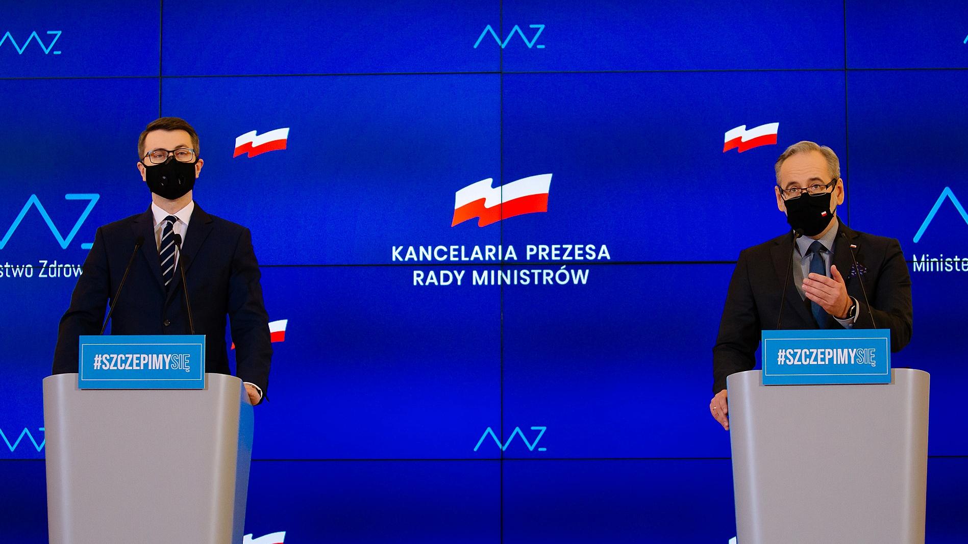[Sondaż] 52 proc. Polaków przeciwnych ograniczeniom dla niezaszczepionych