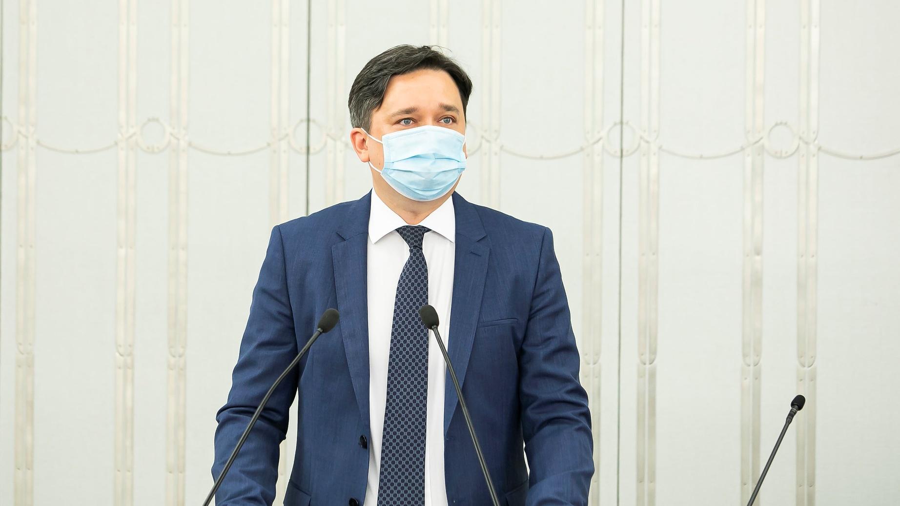 RPO interweniuje ws. ograniczeń na uczelniach dla osób niezaszczepionych