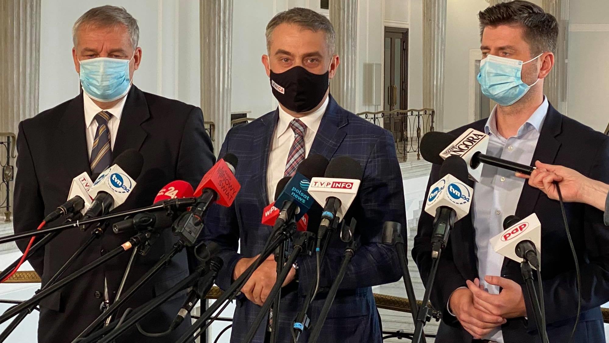 Lewica domaga się pilnego zwołania nadzwyczajnego posiedzenia Sejmu