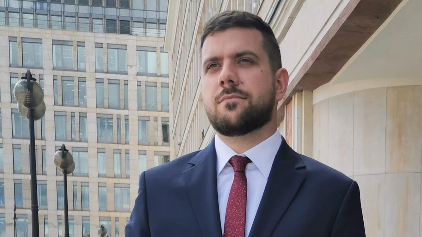 Zaskakujący transfer. Dziennikarz Polsatu przechodzi do TVP info