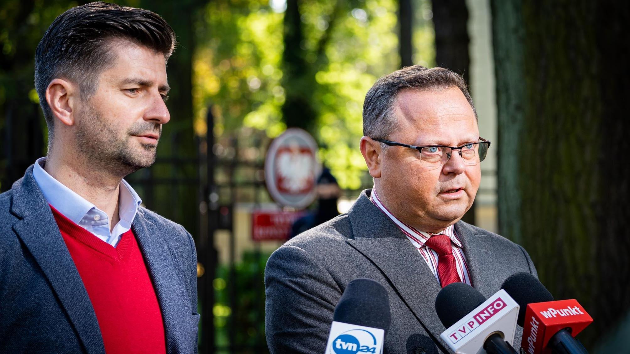 Lewica: Morawiecki chce uzyskać od TK licencję na łamanie unijnego prawa