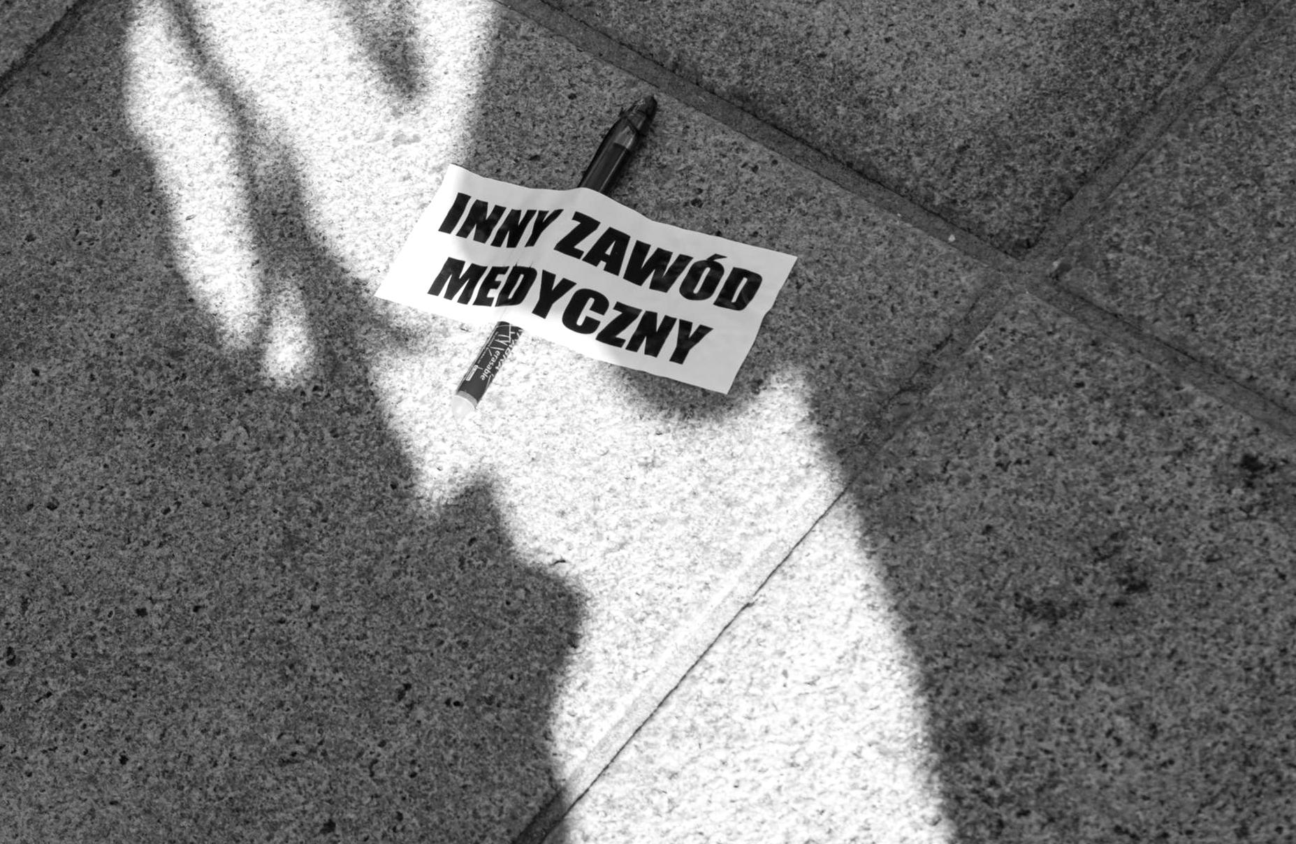 Nieoficjalnie: Próba samobójcza podczas protestu medyków