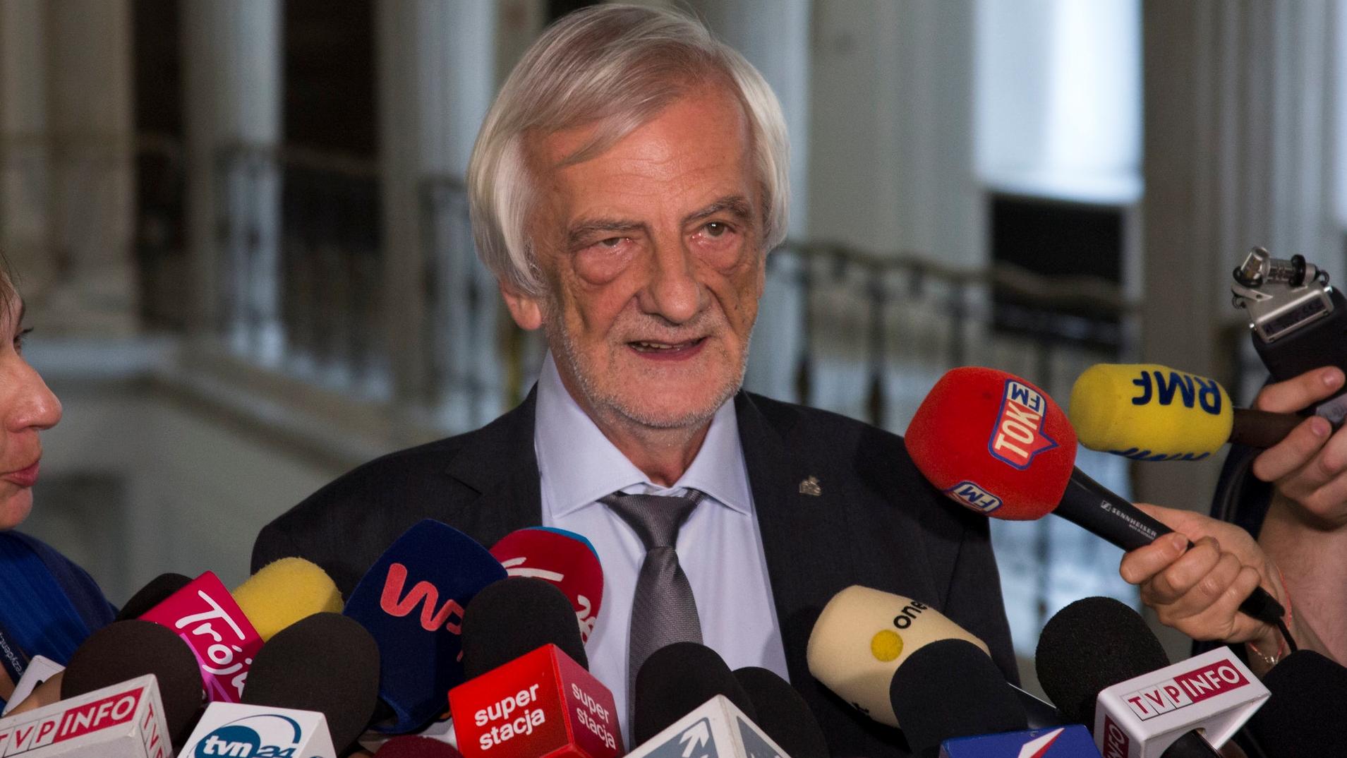 """Kuriozalne tłumaczenie Terleckiego: """"Polska i Węgry to ostatnie kraje, które opuszczą UE"""""""