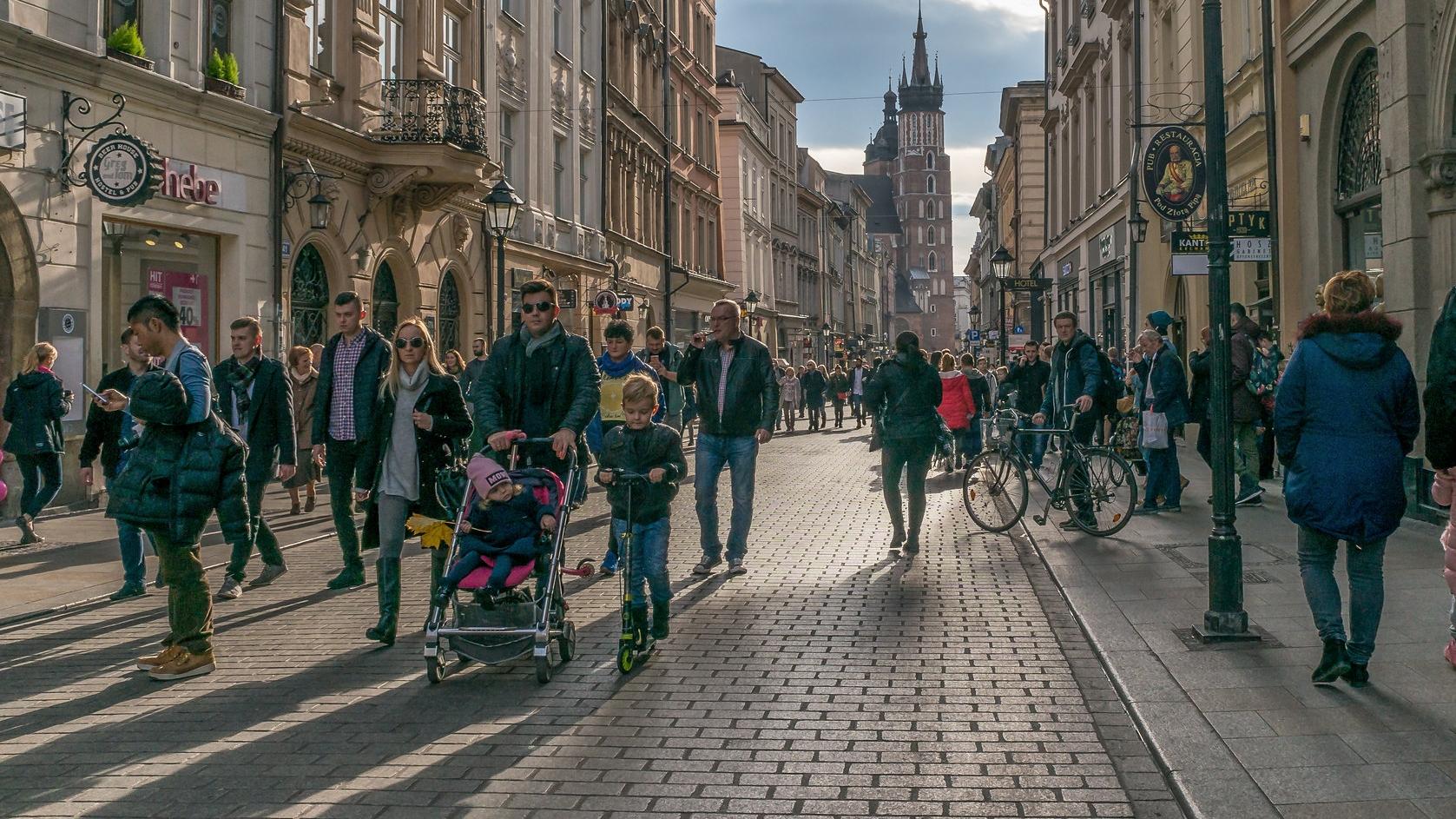 Polacy źle oceniają życie w kraju. Oto najnowszy sondaż