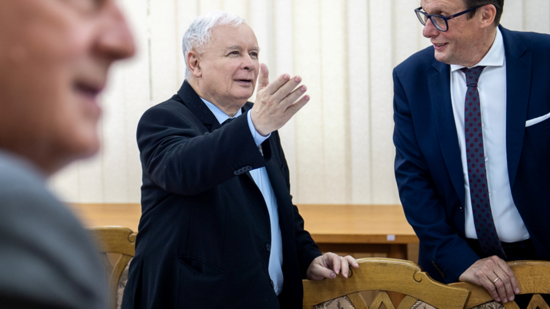 """Kaczyński: Orlen, ani banki nie przejmą akcji TVN. """"Stacja sceptyczna wobec PiS"""""""