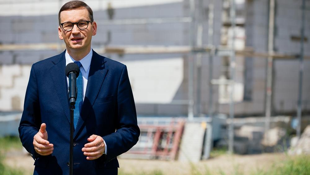 """Morawiecki: Tusk więcej """"haratał w gałę niż rządził"""""""