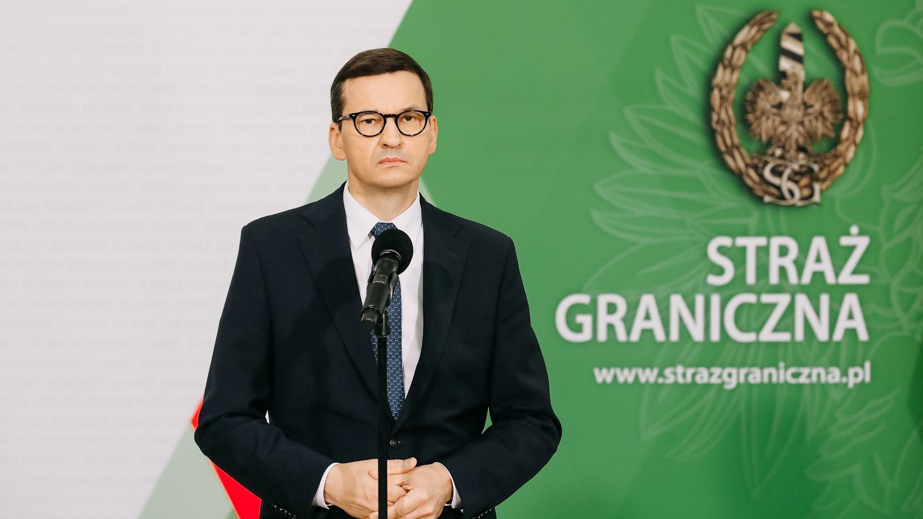 """""""Dokonano tragicznego odkrycia"""". Premier o sytuacji na granicy"""